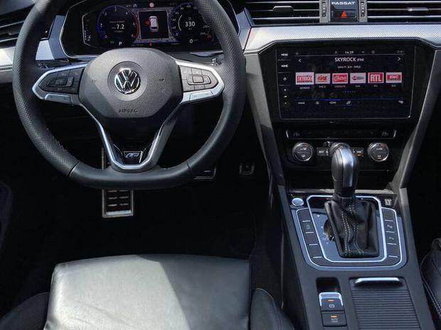 Photo miniature de la Volkswagen Passat SW 2.0 TDI 190 DSG7 4Motion R-Line 2019 d'occasion