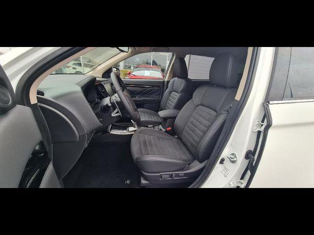 Photo miniature de la Mitsubishi Outlander PHEV PHEV Twin Motor Intense 4WD Euro6d-T EVAP 2020 d'occasion