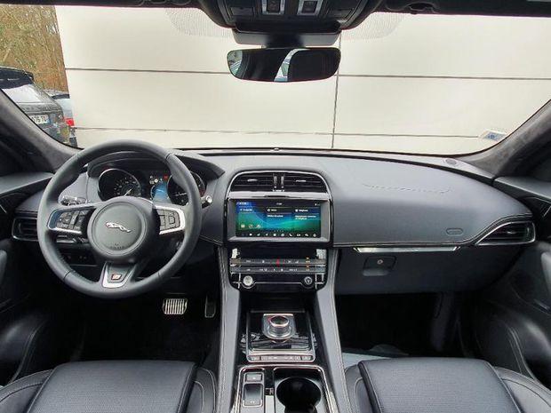 Photo miniature de la Jaguar F-Pace 2.0D 180ch R-Sport AWD BVA8 2020 d'occasion