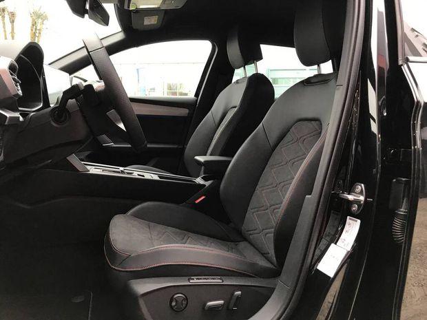 Photo miniature de la Seat Leon Sportstourer e-Hybrid 204 DSG6 FR 2020 d'occasion
