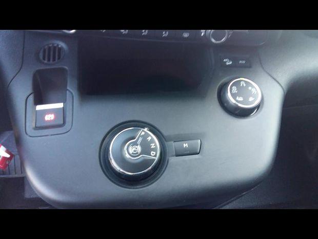 Photo miniature de la Citroën Berlingo Van M 1000kg PureTech 130 S&S Worker EAT8 2020 d'occasion