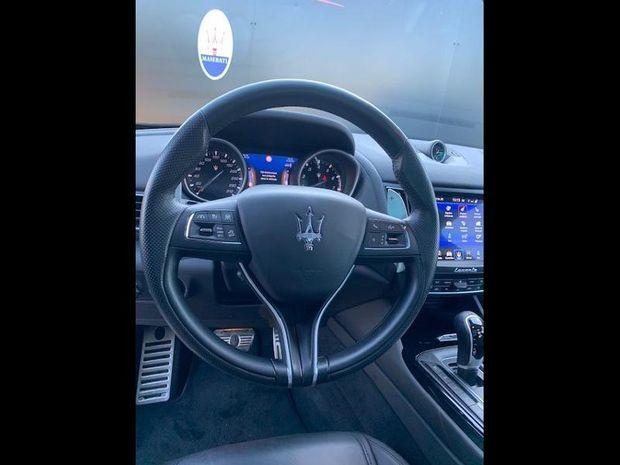 Photo miniature de la Maserati Levante 3.0 V6 350ch Q4 GranSport 2018 d'occasion