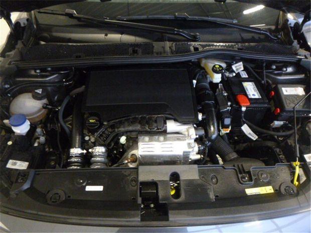 Photo miniature de la Opel Corsa 1.2 TURBO 100 CH BVM6 2020 d'occasion