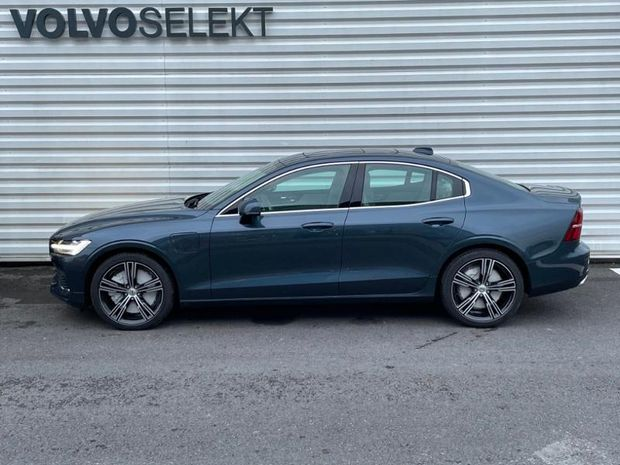 Photo miniature de la Volvo S60 T6 AWD 253 + 87ch Inscription Luxe Geartronic 8 2021 d'occasion