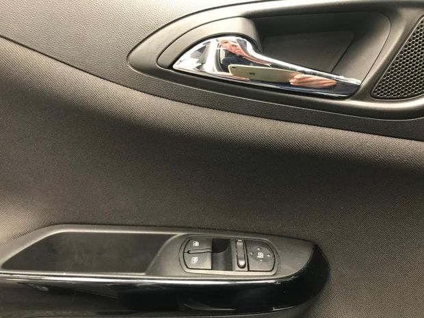 Photo miniature de la Opel Corsa 1.4 90ch Edition 5p 2017 d'occasion