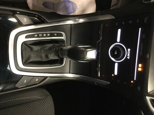 Photo miniature de la Ford Edge 2.0 TDCi 210ch Sport i-AWD Powershift 2017 d'occasion