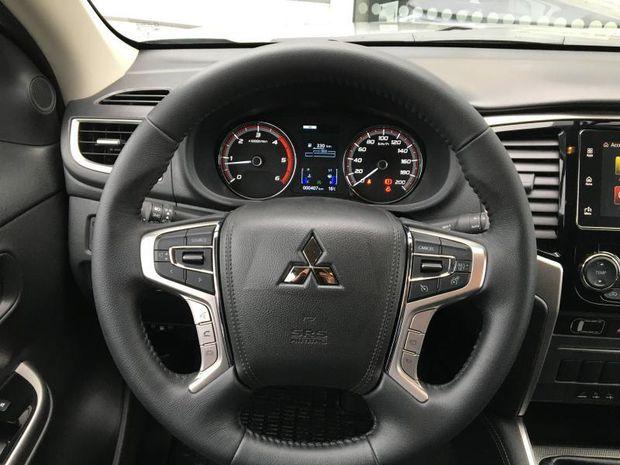Photo miniature de la Mitsubishi L200 2.2 DI-D 150ch Club Cab EVAP ISC Intense 2021 d'occasion