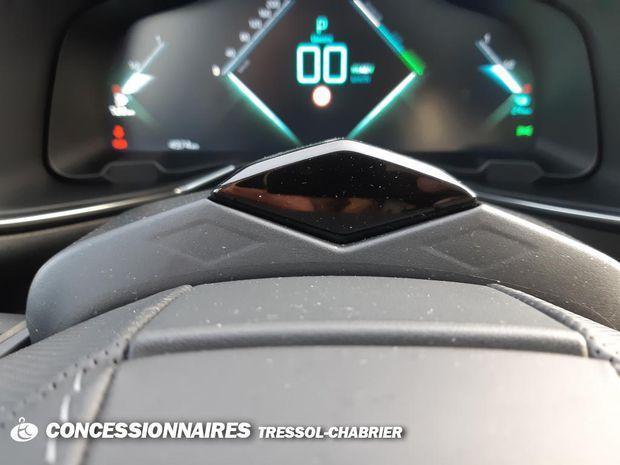Photo miniature de la DS DS 7 DS7 Crossback Hybride E-Tense 300 EAT8 4x4 Performance Line+ 2020 d'occasion