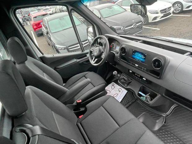 Photo miniature de la Mercedes Sprinter CCb 316 CDI 37 3T5 Propulsion Plateau 2019 d'occasion