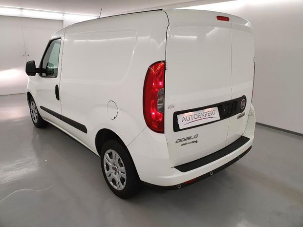 Photo miniature de la Fiat Doblo Cargo 1.3 Multijet 95ch Pack Professional Trio Nav E6 2017 d'occasion