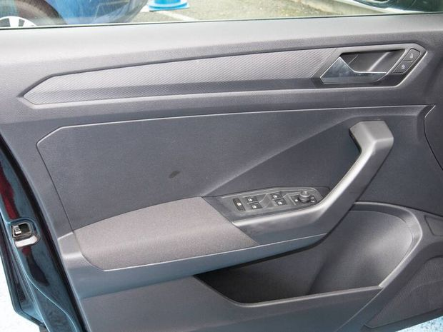 Photo miniature de la Volkswagen T-Roc 1.0 TSI 115 Start/Stop BVM6 IMPORT 2020 d'occasion