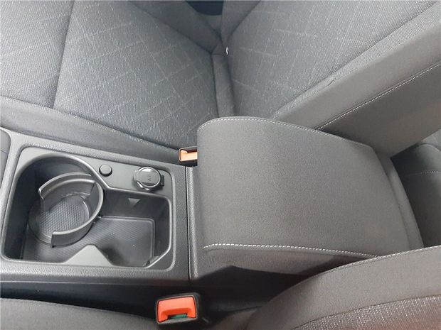 Photo miniature de la Volkswagen Golf 8 1.5 TSI 150 EVO BVM6 2020 d'occasion