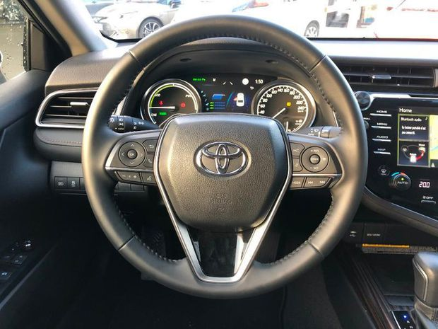 Photo miniature de la Toyota camry Hybride 218ch Design 2019 d'occasion