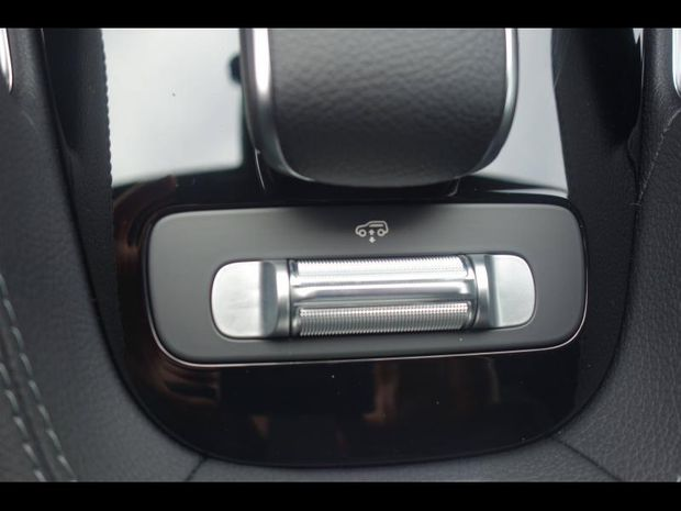 Photo miniature de la Mercedes GLE 300 d 245ch AMG Line 4Matic 9G-Tronic 2020 d'occasion