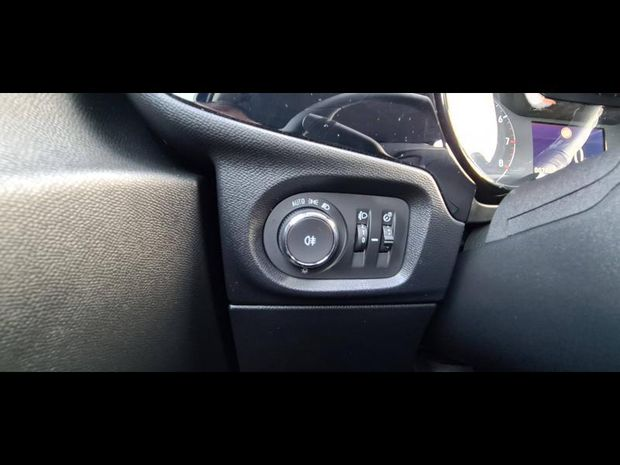 Photo miniature de la Opel Corsa 1.2 Turbo 100 Edition GPS CARPLAY LED BT 2019 d'occasion