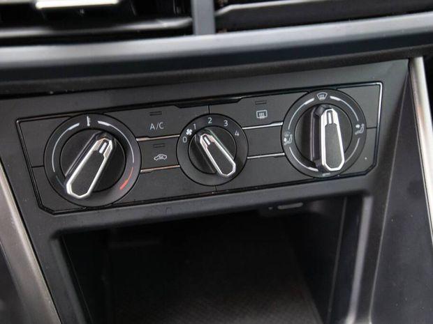 Photo miniature de la Volkswagen Polo 1.6 TDI 95 S&S BVM5 Lounge Business 2019 d'occasion