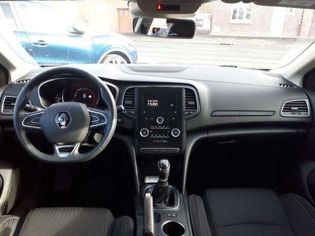 Photo miniature de la Renault Megane 1.5 Blue dCi 95ch Business 2018 d'occasion