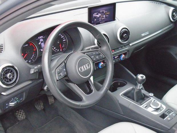 Photo miniature de la Audi A3 Sportback 30 TDI 116ch Design Euro6d-T 2018 d'occasion