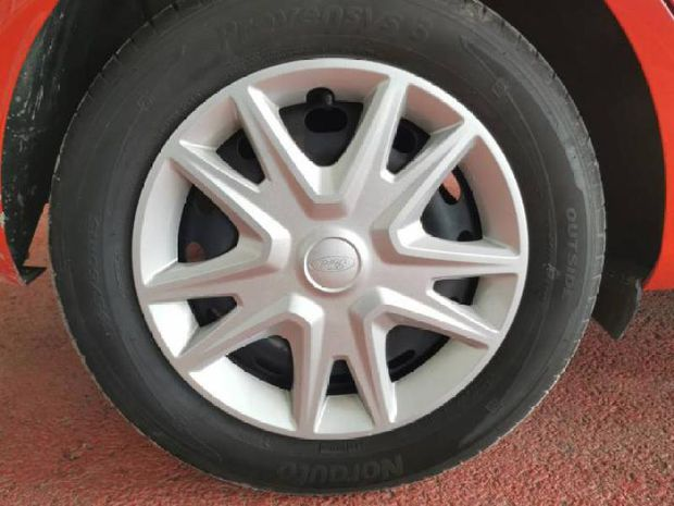 Photo miniature de la Ford Fiesta 1.0 EcoBoost 100ch Stop&Start Trend 5p Euro6.2 2018 d'occasion