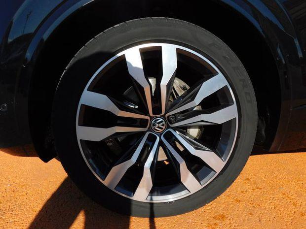 Photo miniature de la Volkswagen Touareg 3.0 V6 TDI 286ch R-line Exclusive 4Motion Tiptronic 2018 d'occasion
