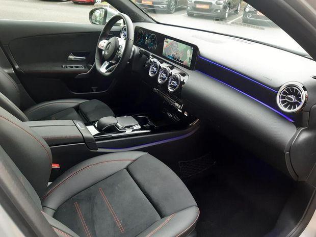 Photo miniature de la Mercedes Classe A 180 d 7G-DCT AMG Line 2019 d'occasion