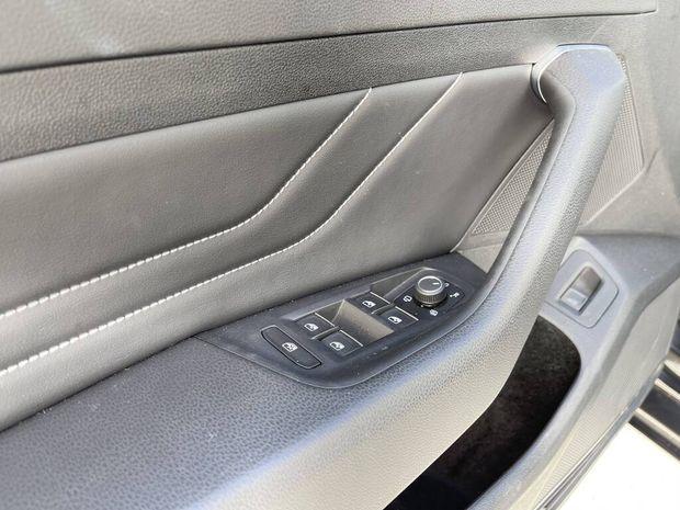 Photo miniature de la Volkswagen Passat SW 2.0 TDI EVO SCR 150 DSG7 Elegance 2020 d'occasion