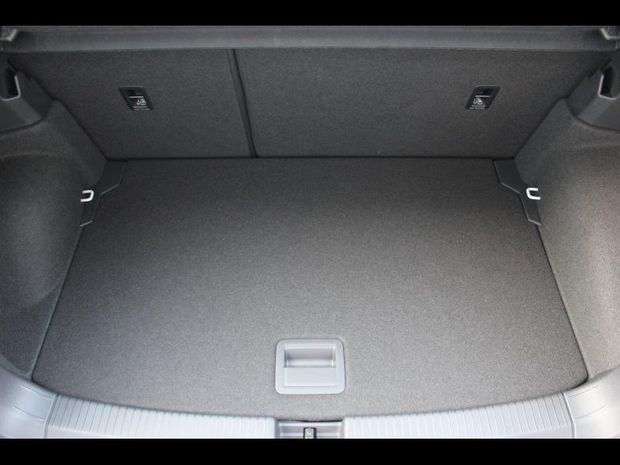 Photo miniature de la Volkswagen T-cross 1.0 TSI 95ch ACTIVE 2021 d'occasion