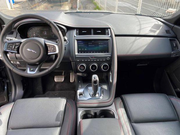 Photo miniature de la Jaguar E-Pace 2.0D 150ch R-Dynamic Chequered Flag AWD BVA9 2020 d'occasion
