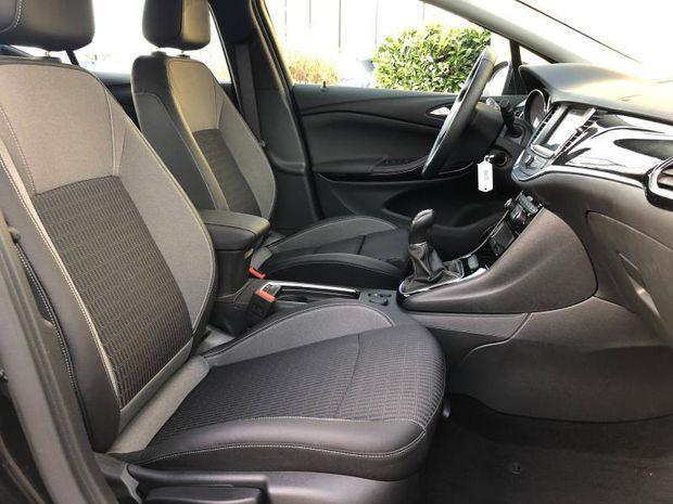 Photo miniature de la Opel Astra Turbo 130 Elegance Carplay 4500 km Garantie 1 an 2020 d'occasion