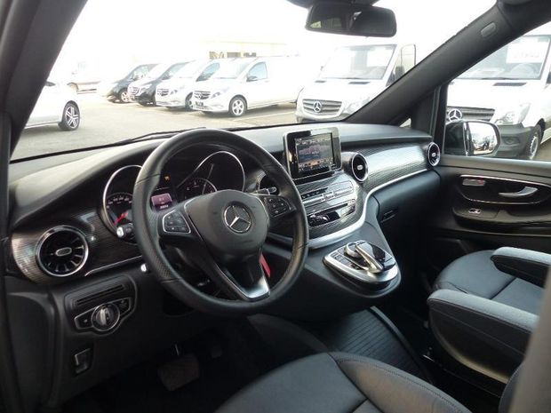 Photo miniature de la Mercedes Classe V 250 d Extra-Long Avantgarde 9G-Tronic 2019 d'occasion