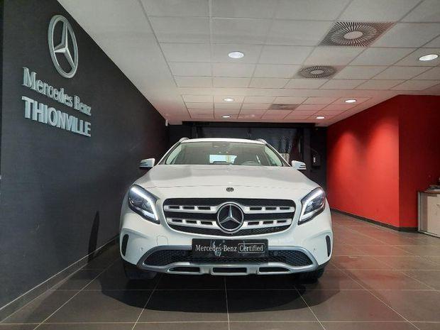 Photo miniature de la Mercedes GLA Classe  200 d 136ch Sensation 7G-DCT Euro6c 2018 d'occasion