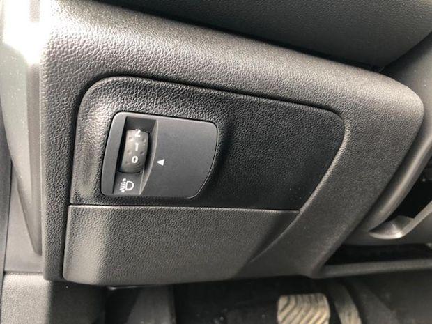 Photo miniature de la Renault Megane 1.5 Blue dCi 115ch Business EDC 2019 d'occasion