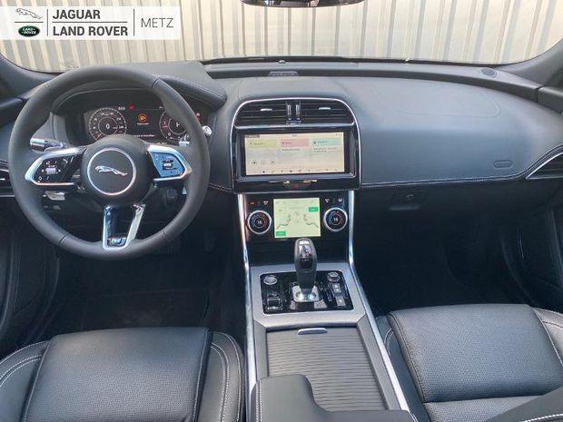 Photo miniature de la Jaguar XE 2.0 D180ch R-Dynamic S RWD BVA8 2021 d'occasion