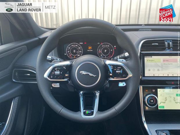 Photo miniature de la Jaguar XE 2.0 D180ch R-Dynamic SE BVA8 2020 d'occasion