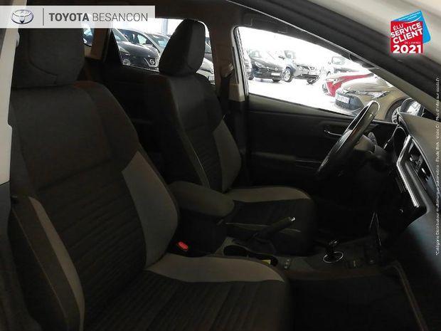 Photo miniature de la Toyota Auris HSD 136h TechnoLine 1ere main Gps Camera 2017 d'occasion