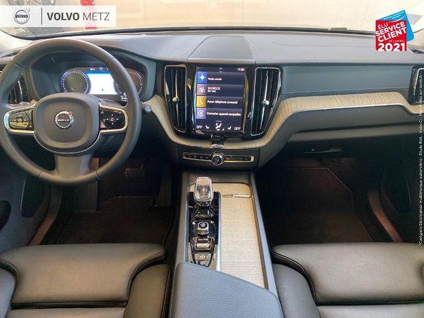Photo miniature de la Volvo XC60 T8 Twin Engine 303 + 87ch Inscription Luxe Touvrant pano GPS Camera LED Radar AV/AR 2019 d'occasion