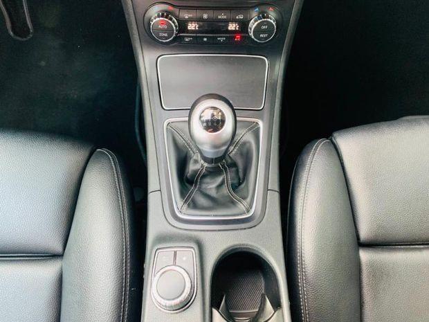 Photo miniature de la Mercedes Classe B 180 d 109ch Business Executive Edition 2017 d'occasion