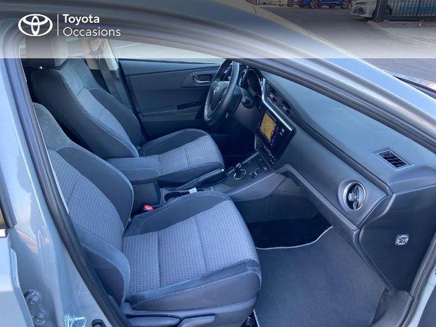 Photo miniature de la Toyota Auris HSD 136h Collection RC18 2018 d'occasion