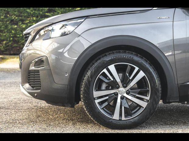 Photo miniature de la Peugeot 3008 1.6 BlueHDi 120 GT Line Pack city 2 S&S Full Led GPS Clim Gtie 1 an 2016 d'occasion