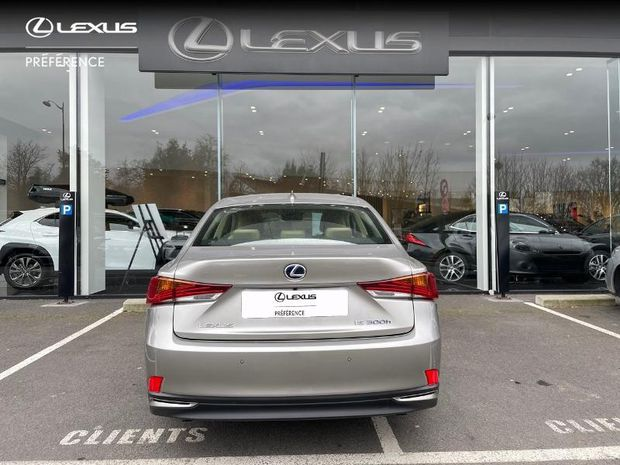 Photo miniature de la Lexus IS 300h Luxe 2017 d'occasion