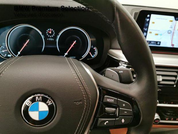 Photo miniature de la BMW Serie 5 530dA xDrive 265ch Luxury Steptronic 2017 d'occasion