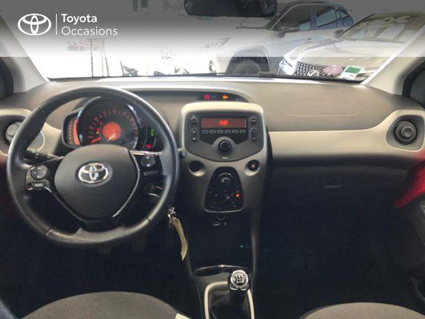 Photo miniature de la Toyota Aygo 1.0 VVT-i 69ch x-play 5p 2018 d'occasion