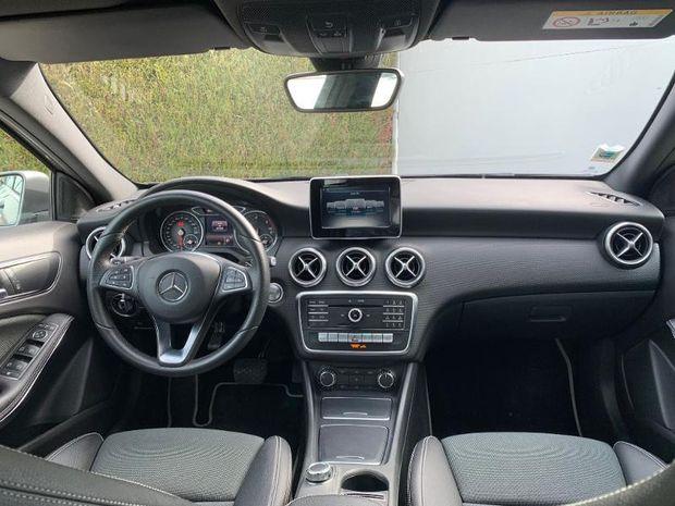 Photo miniature de la Mercedes Classe A 180 d Sport Edition 7G-DCT 2017 d'occasion