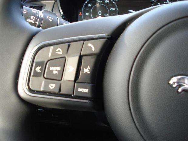 Photo miniature de la Jaguar E-Pace 2.0D 150ch S AWD BVA9 2020 d'occasion