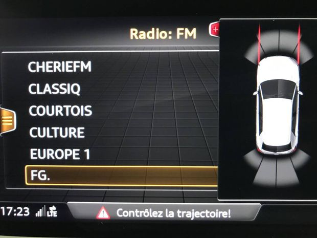 Photo miniature de la Audi Q2 35 TFSI COD 150 S tronic 7 S Line 2019 d'occasion
