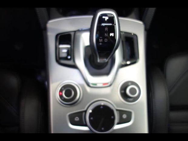 Photo miniature de la Alfa Romeo Stelvio 2.2 Diesel 210ch Veloce Q4 AT8 MY21 2021 d'occasion