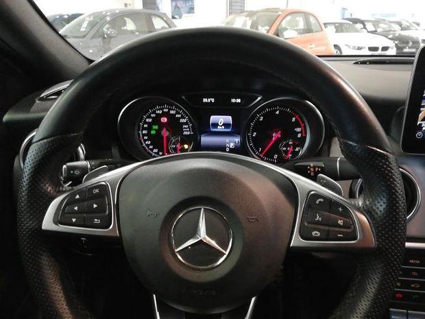 Photo miniature de la Mercedes GLA Classe  220 d 170ch Fascination 4Matic 7G-DCT Gps Camera Cuir/Alcantara Radar AV/AR 2018 d'occasion
