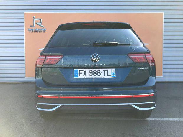 Photo miniature de la Volkswagen Tiguan 1.4 eHybrid 245 DSG6 Elegance Exclusive 2021 d'occasion