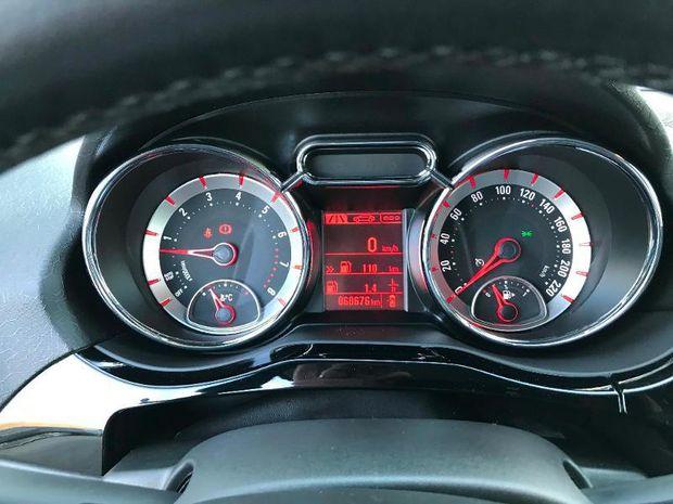 Photo miniature de la Opel Adam 1.4 Twinport 87ch Unlimited Start/Stop 2017 d'occasion