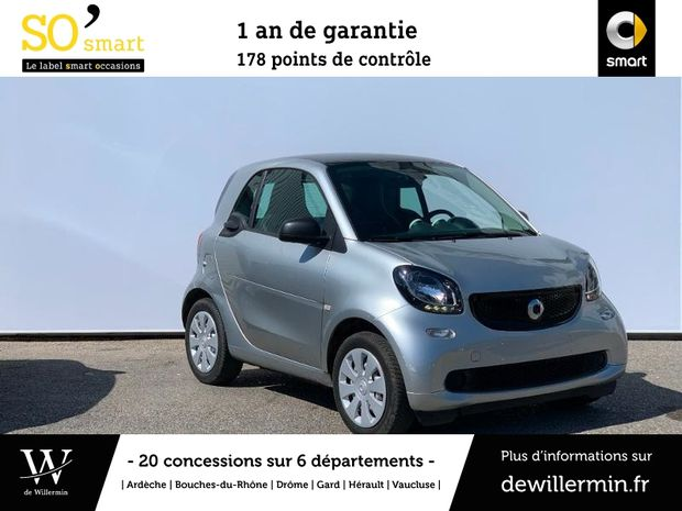 Photo miniature de la Smart fortwo Coupe 71ch pure twinamic 2017 d'occasion